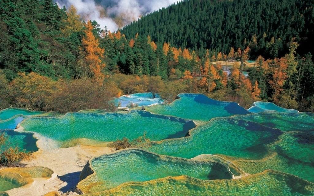 sichuan-jiuzhaigou-valley_98715-1920x1200